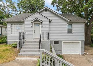 Casa en ejecución hipotecaria in Round Lake, IL, 60073,  WOODLAND DR ID: F4481232