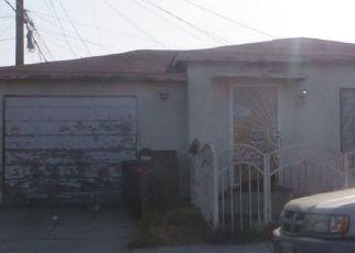 Casa en ejecución hipotecaria in Maywood, CA, 90270,  LOMA VISTA AVE ID: F4482667