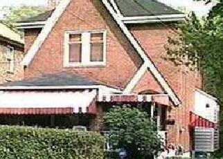 Casa en ejecución hipotecaria in Pittsburgh, PA, 15221,  REMINGTON DR ID: F4483263