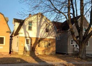 Casa en ejecución hipotecaria in Superior, WI, 54880,  BANKS AVE ID: F4485142