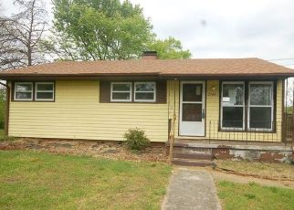 Casa en ejecución hipotecaria in Roanoke, VA, 24012,  IDLEWILD BLVD NE ID: F4485217