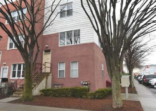 Casa en ejecución hipotecaria in Bronx, NY, 10473,  SUNSET BLVD ID: F4485352