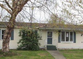 Casa en ejecución hipotecaria in Taylor, PA, 18517,  DONNY DR ID: F4485508