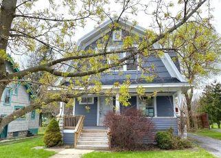 Casa en ejecución hipotecaria in Auburn, NY, 13021,  PEACOCK ST ID: F4486080