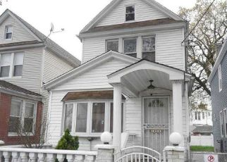 Casa en ejecución hipotecaria in Ozone Park, NY, 11417,  PLATTWOOD AVE ID: F4486280