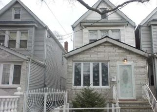 Casa en ejecución hipotecaria in South Ozone Park, NY, 11420,  116TH ST ID: F4486281