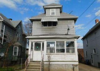 Casa en ejecución hipotecaria in Niagara Falls, NY, 14301,  17TH ST ID: F4486833