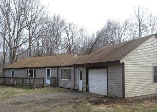 Casa en ejecución hipotecaria in Deep River, CT, 06417,  CEDAR LAKE RD ID: F4486867