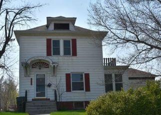 Casa en ejecución hipotecaria in Moberly, MO, 65270,  W LOGAN ST ID: F4486923