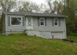 Casa en ejecución hipotecaria in Grandview, MO, 64030,  FULLER AVE ID: F4486937