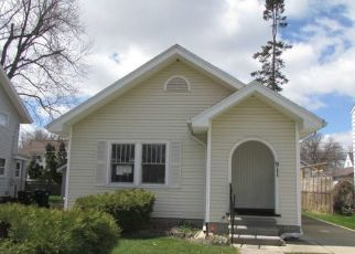 Casa en ejecución hipotecaria in Lansing, MI, 48915,  N VERLINDEN AVE ID: F4487079