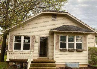 Foreclosure Home in Chanute, KS, 66720,  W OAK ST ID: F4487281