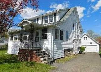 Casa en ejecución hipotecaria in Kingston, NY, 12401,  CATSKILL AVE ID: F4487966