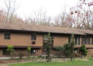 Casa en ejecución hipotecaria in Valley Cottage, NY, 10989,  THOMAS CT ID: F4488082