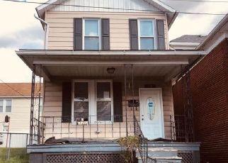 Casa en ejecución hipotecaria in Cumberland, MD, 21502,  OAK ST ID: F4488270