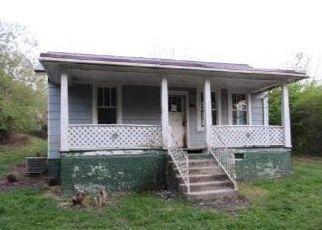 Casa en ejecución hipotecaria in Big Stone Gap, VA, 24219,  FOX AVE ID: F4488896