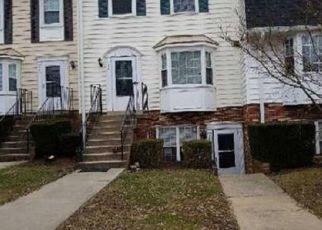Casa en ejecución hipotecaria in Gaithersburg, MD, 20878,  CROSSBOW LN ID: F4489047