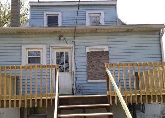 Casa en ejecución hipotecaria in Dundalk, MD, 21222,  COLGATE AVE ID: F4489473