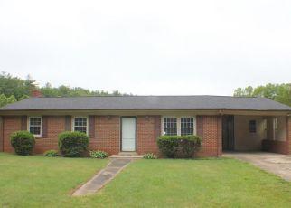 Casa en ejecución hipotecaria in Stuart, VA, 24171,  BRUSHY MOUNTAIN RD ID: F4490190
