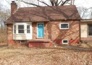 Casa en ejecución hipotecaria in Saint Louis, MO, 63138,  DUNN RD ID: F4490238