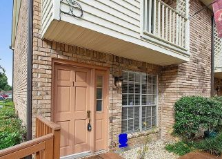 Foreclosure Home in Kenner, LA, 70065,  SAINT JULIEN DR ID: F4490515