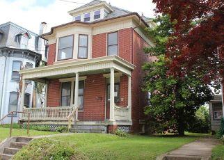 Casa en ejecución hipotecaria in Dallastown, PA, 17313,  E MAIN ST ID: F4490784