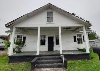 Casa en ejecución hipotecaria in Hopewell, VA, 23860,  N 7TH AVE ID: F4490883