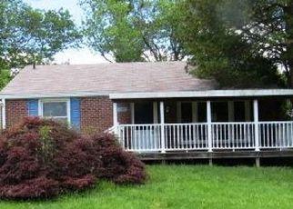 Casa en ejecución hipotecaria in Broomall, PA, 19008,  DELIA DR ID: F4490947