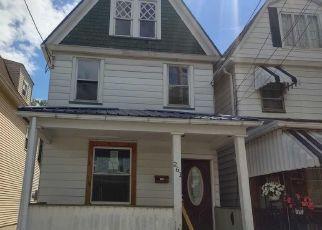 Casa en ejecución hipotecaria in Wilkes Barre, PA, 18702,  POPLAR ST ID: F4491025
