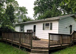 Casa en ejecución hipotecaria in Fredericksburg, VA, 22407,  MINNEAR ST ID: F4491182