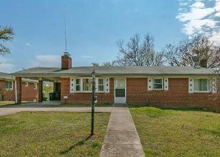 Casa en ejecución hipotecaria in Temple Hills, MD, 20748,  DALTON ST ID: F4491293