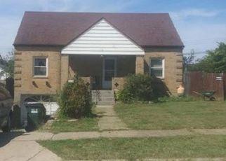 Casa en ejecución hipotecaria in Cincinnati, OH, 45216,  BANBURY ST ID: F4492041
