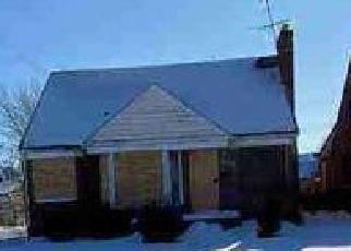 Casa en ejecución hipotecaria in Detroit, MI, 48205,  KENMOOR ST ID: F4492131