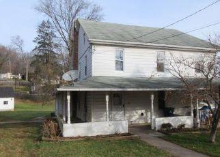 Casa en ejecución hipotecaria in Reinholds, PA, 17569,  ADAMSTOWN RD ID: F4492567
