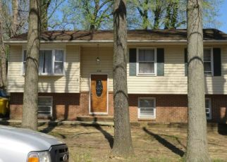 Casa en ejecución hipotecaria in Edgewater, MD, 21037,  CHESAPEAKE DR ID: F4492888