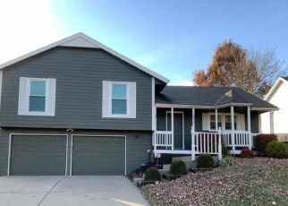 Casa en ejecución hipotecaria in Kansas City, MO, 64155,  N CENTRAL ST ID: F4493267