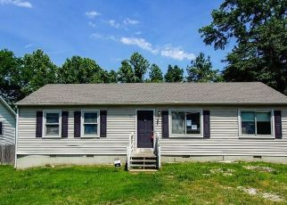 Casa en ejecución hipotecaria in Petersburg, VA, 23803,  PLEASANTS LN ID: F4493343