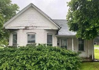 Casa en ejecución hipotecaria in Louisiana, MO, 63353,  S 25TH ST ID: F4494068