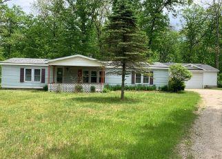 Casa en ejecución hipotecaria in White Cloud, MI, 49349,  S SILVER DR ID: F4494203