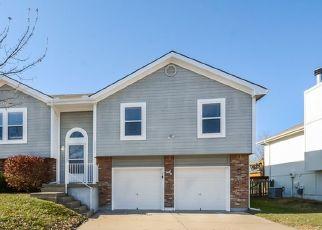 Casa en ejecución hipotecaria in Kansas City, MO, 64157,  N BOOTH AVE ID: F4494787