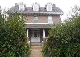Casa en ejecución hipotecaria in Ridley Park, PA, 19078,  CRUMLYNNE RD ID: F4494910