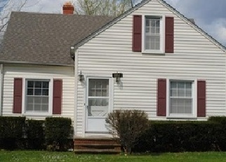 Casa en ejecución hipotecaria in Maple Heights, OH, 44137,  CLEMENT AVE ID: F4494920