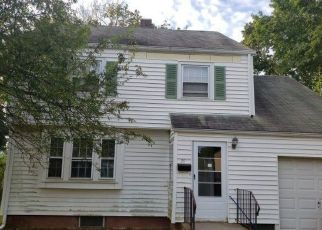 Foreclosed Homes in Hamden, CT, 06514, ID: F4495114