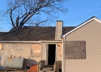 Casa en ejecución hipotecaria in Copiague, NY, 11726,  COPIAGUE AVE ID: F4495775