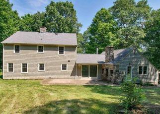 Casa en ejecución hipotecaria in Guilford, CT, 06437,  NUT PLAINS RD ID: F4497289