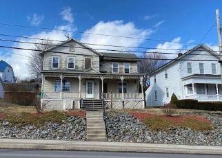 Casa en ejecución hipotecaria in Archbald, PA, 18403,  MAIN ST ID: F4498012