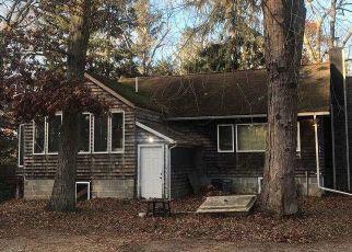 Casa en ejecución hipotecaria in Centereach, NY, 11720,  HAMMOND LN ID: F4498022