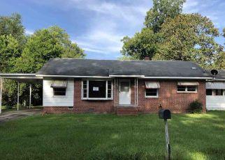 Casa en ejecución hipotecaria in Hawkinsville, GA, 31036,  TURNER ST ID: F4498204