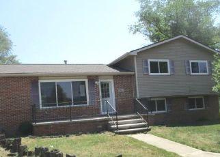 Casa en ejecución hipotecaria in Belleville, MI, 48111,  ELWELL RD ID: F4498258