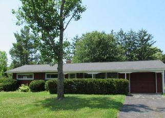 Casa en ejecución hipotecaria in Chesterland, OH, 44026,  CAVES RD ID: F4498439